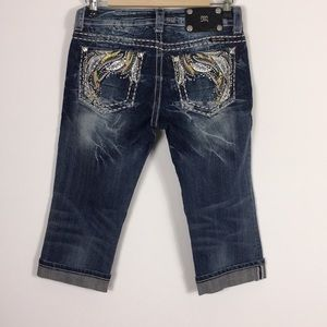 Miss Me Feather Pocket Capri Jeans